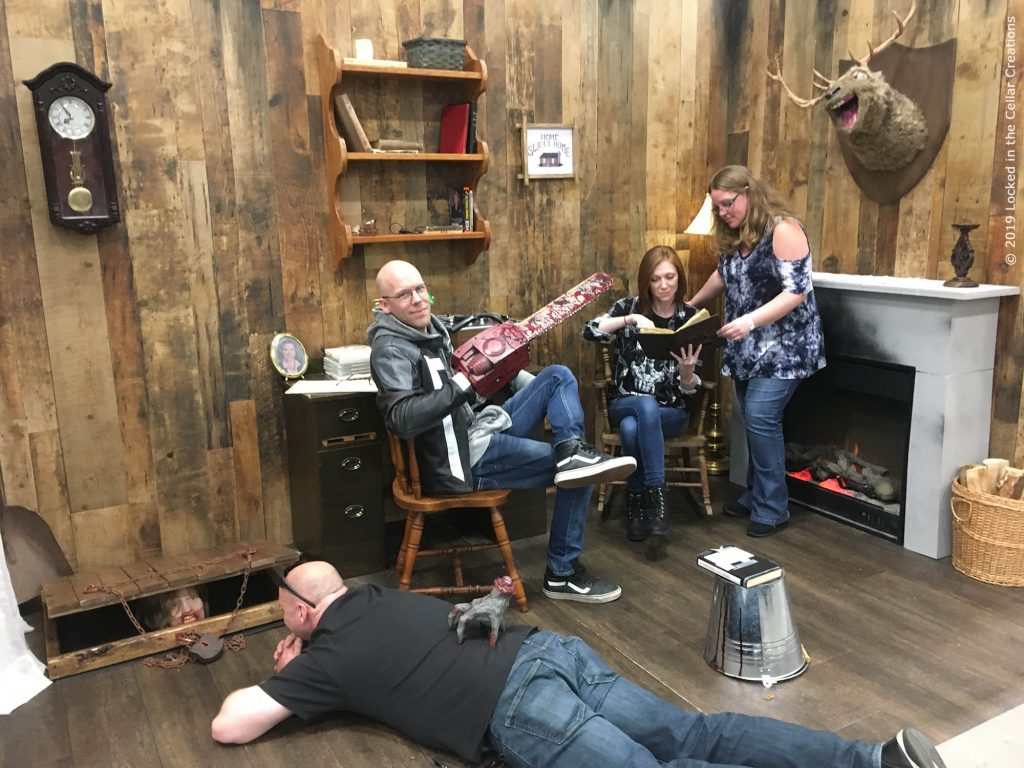 The Evil Dead Cabin Replica is big enough to comfortably host pictures with 4-6 people