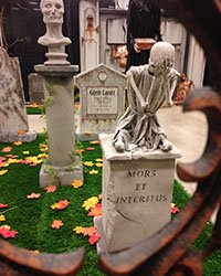 Preview Haunted Cemetery Photo-op