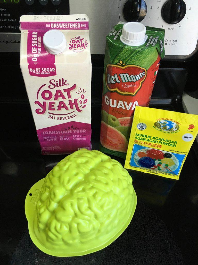 Ingredients for vegan brain: oat milk, guava juice and agar agar